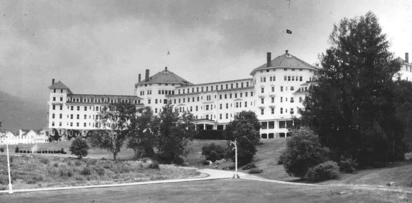bretton woods By the early 1960s, the us dollar's fixed value against gold, under the bretton woods system of fixed exchange rates, was seen as overvalued.